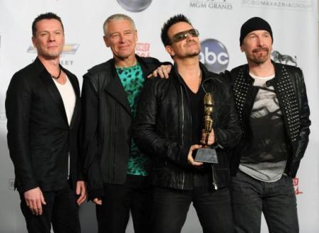 U2 reçoit un Bilboard Music Award pour la tournée 360°