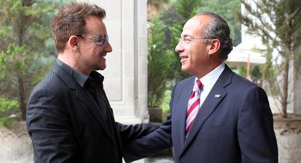 Bono rencontre le Président mexicain Calderon