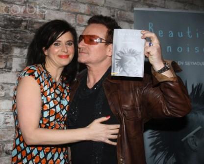 Bono au lancement du dernier roman d'Helen Seymour