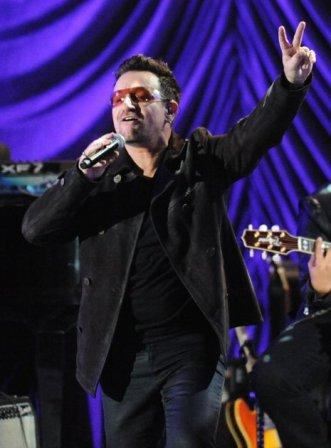 Bono et The Edge chantent pour la fondation Clinton