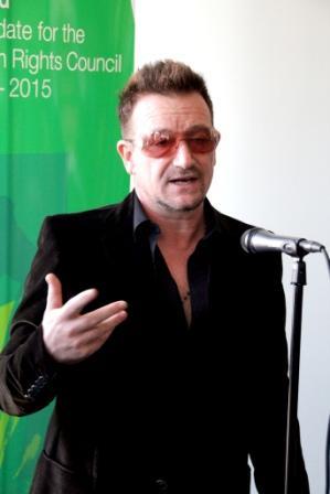 Bono soutient l'Irlande à New-York