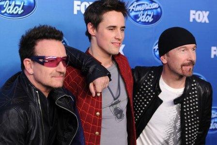 American Idol : Bono et The Edge assurent la promotion de Spider-man
