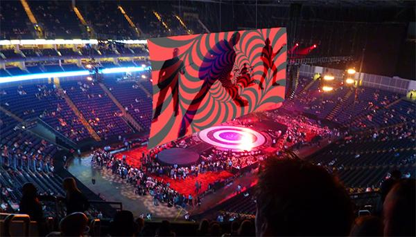 [Poisson d'avril] Exclu U2Achtung : un aperçu de la future scène de U2
