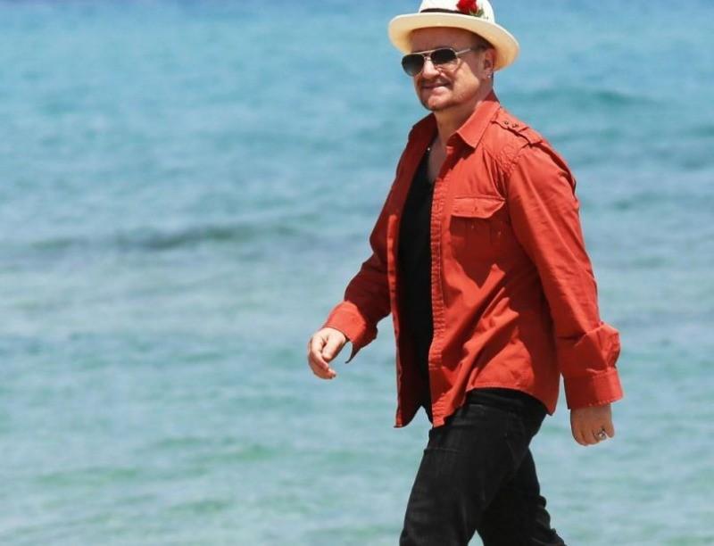 [Concours Club]  : Gagnez votre Super Deluxe Box ou un exemplaire du livre U2 par ses Fans