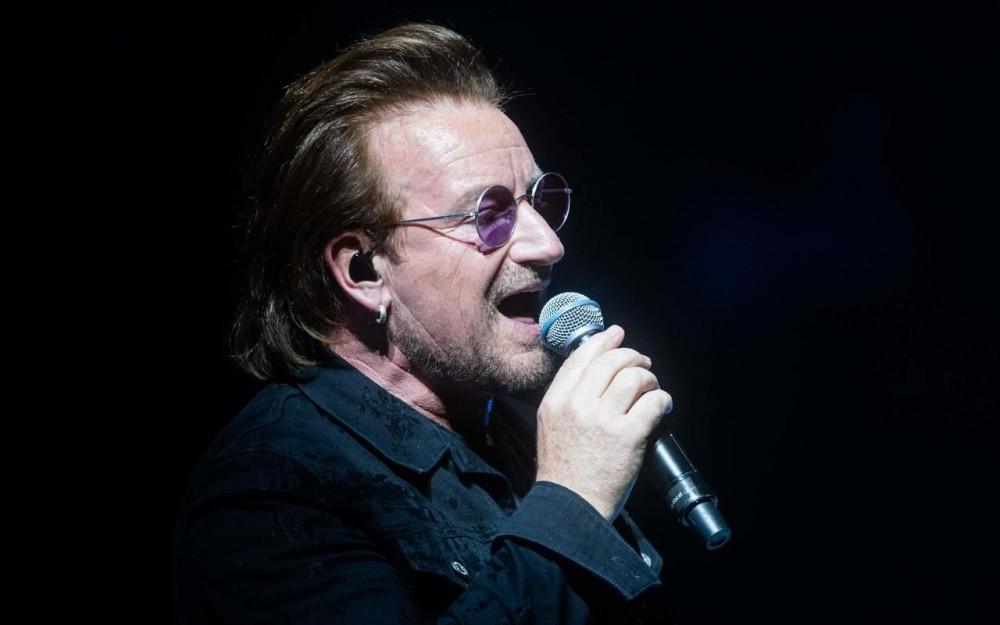 Concert à Berlin interrompu : Bono sans voix